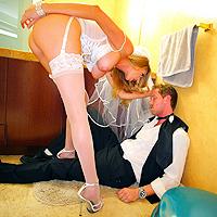 Scopata intensa tra giovani sposi
