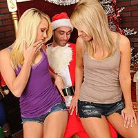 Sesso a tre con due ragazze lesbiche perverse